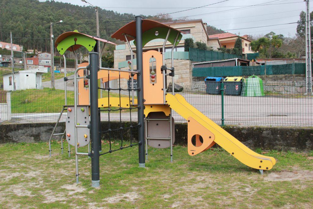 parque-infantil-camos-nigran-2