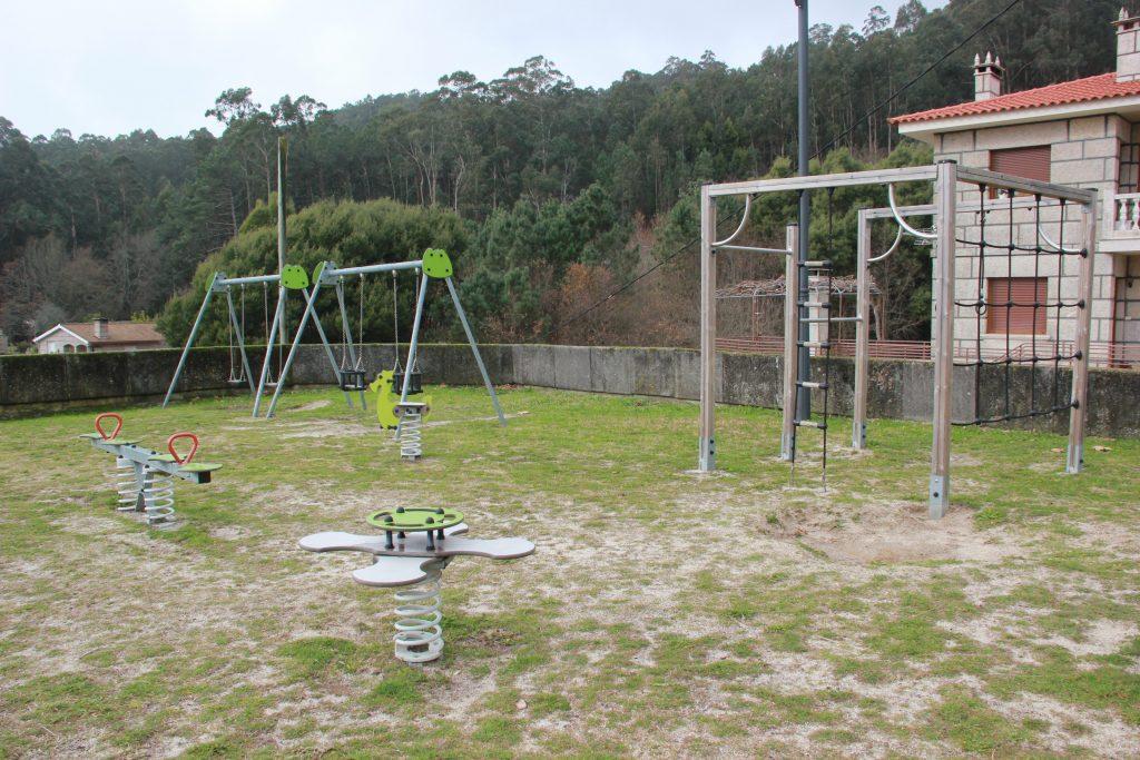 parque-infantil-camos-nigran-3