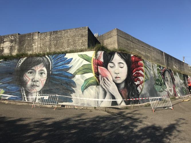 Mural de Lula Goce en Panxón (Nigrán)