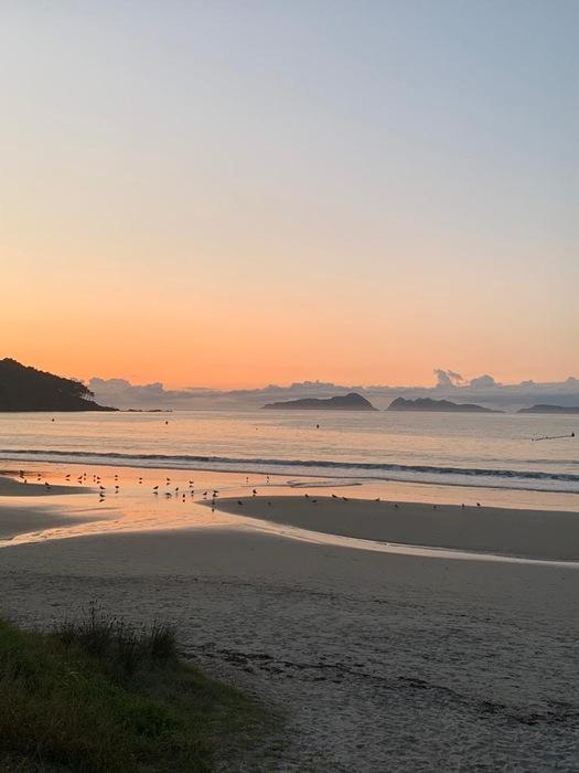 Puesta de sol en la Playa de Patos